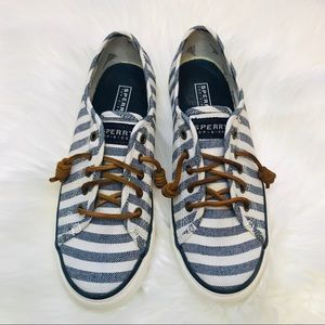 Sperry Seacoast Striped Canvas Sneaker Size 7